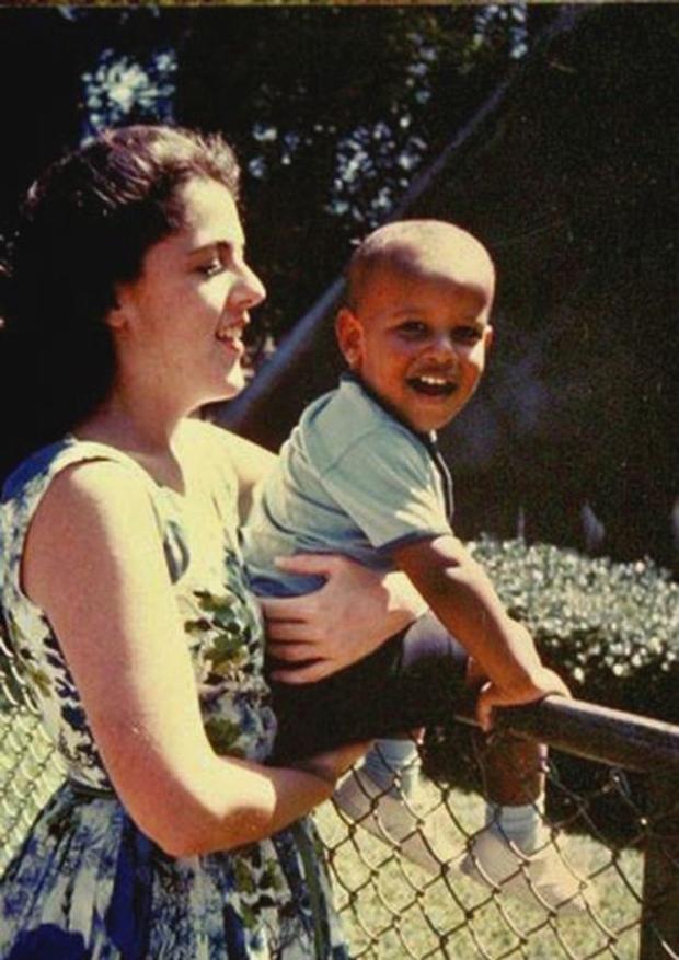 baby-barack-obama-29-pics_23